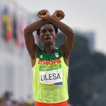 Ethiopian Athlete  Feyisa Lilesa  Makes Political Protest at Finish Line