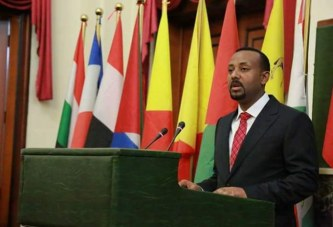 Ethiopia's PM seeks end to violence that displaced nearly a million