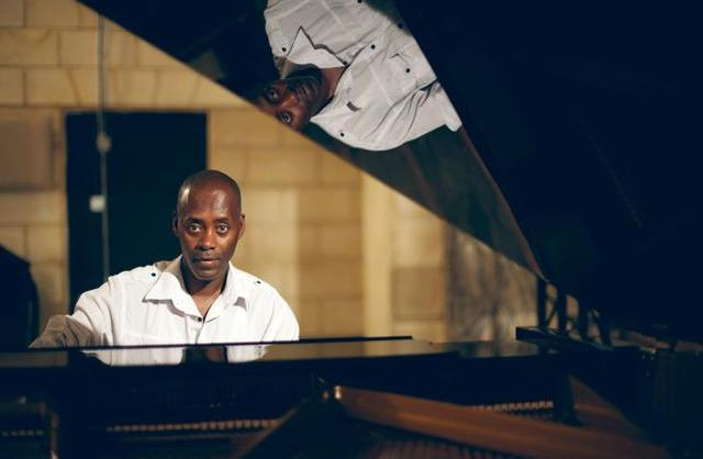 Girma-Yifreshewa-pianist and composer