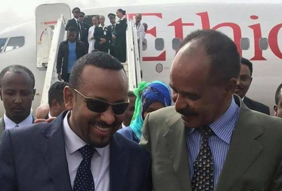 With hugs, leaders of rivals Ethiopia, Eritrea finally meet