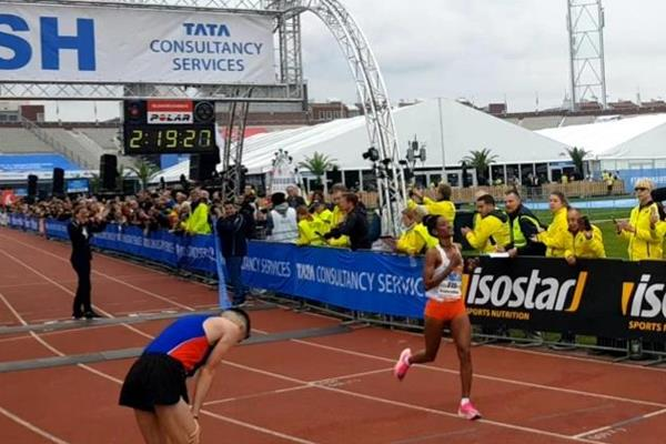 Ethiopia's Degitu Azmeraw smashed the women's course record at the TCS Amsterdam Marathon